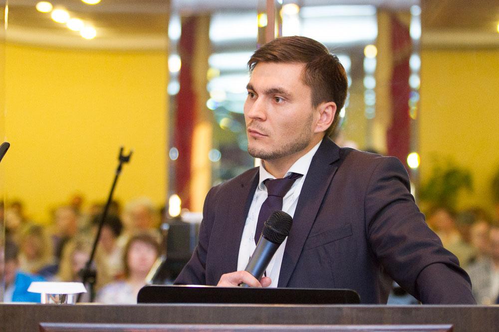 Загиров Эмиль выступил с докладом: «Электронные ценники: опыт и цели внедрения»